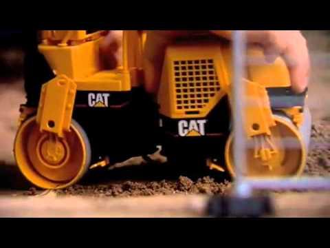 MOMAMINI BRUDER Rodillo compactador CAT