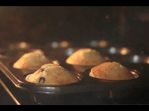 Rising Muffins Time-Lapse (1080p HD)