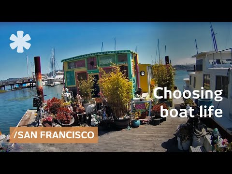 Choosing freedom of tiny home-boat over Hollywood life