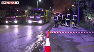 Dagenham Scrapyard Blaze - SKYNEWS