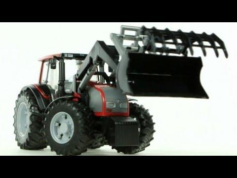 Valtra T191 Tractor with Frontloader – Muffin Songs' Oyuncakları Tanıyalım
