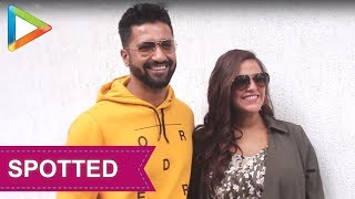 SPOTTED: Neha Dhupia & Vicky Kaushal during recording of #NoFilterNeha Season 3 - HUNGAMA