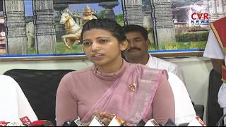 Warangal Collector Amrapalir on Rythu Bandhu Cheque Distribution | CVR News - CVRNEWSOFFICIAL
