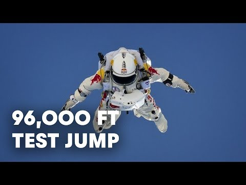 Felix Baumgartner saltar desde las puertas del espacio