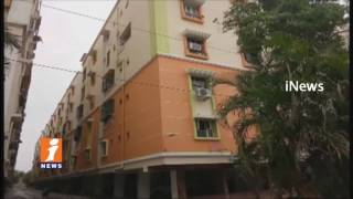 Police Raids On Ganja At Apartments In LB Nagar | 5 Students Arrest | iNews - INEWS