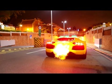 Aventador SHOOTING FLAMES! - LOUD acceleration!