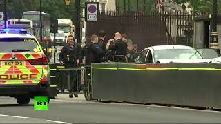 London Parliament incident: Police surround car & take suspect away - RUSSIATODAY
