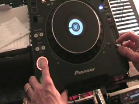 DJ Beat matching tutorial Using the CUE on a cdj turntable