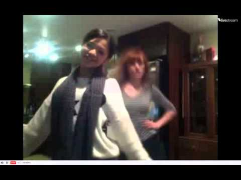 "Bella Thorne & Zendaya dancing to ""Single Ladies"""