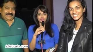 PV Sindhu watches Ekkadiki Pothavu Chinnavada