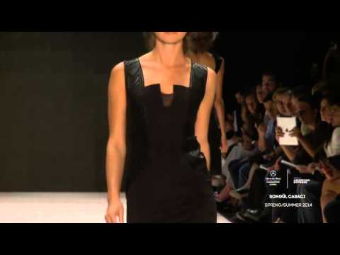 SONGÜL CABACI  MERCEDES BENZ FASHION WEEK ISTANBUL RUNWAY VIDEO