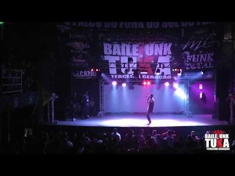 02.08.2014 - Baile Funk da Tuka - Show Mc Loos.