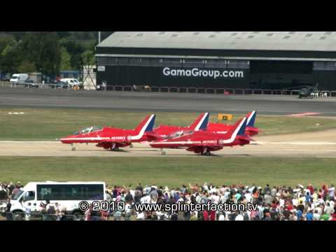 RAF Red Arrows aerobatic display team display at Farnborough International Air Show 2010 HD Pt.1