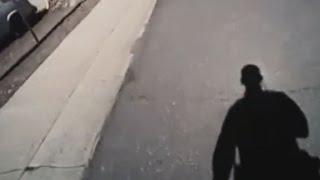 بالفيديو.. شرطي أمريكي يصور لحظة مقتله بكاميرا على صدره