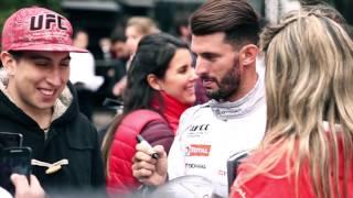 C-Elysée City Tour: Pechito recorrió las calles de Buenos Aires