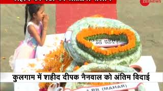 Dehradun: Young daughter pays final tribute to martyerd jawan Deepak Nainwal - ZEENEWS