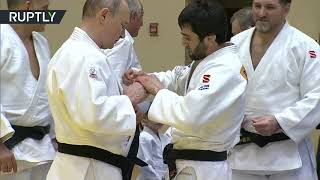 'I'm not a girl, I won't cry': Putin jokes about judo 'injury' after training in Sochi - RUSSIATODAY
