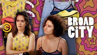 A Look Inside Abbi and Ilana's Season 5 Wardrobe - Broad City - COMEDYCENTRAL