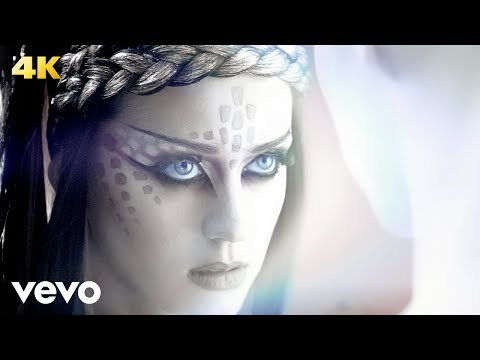 Katy Perry – E.T. ft. Kanye West