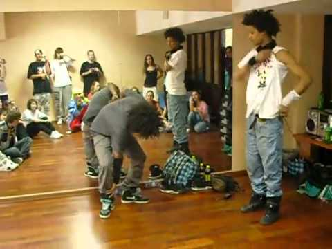 Les Twins Dancing To Edit Ants