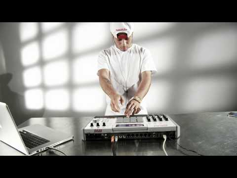 "araabMUZIK  ""MPC Minute"" Video"