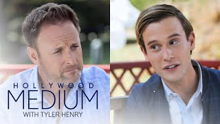 Chris Harrison Is Curious About Tyler Henry's Ability | Hollywood Medium with Tyler Henry | E! - EENTERTAINMENT
