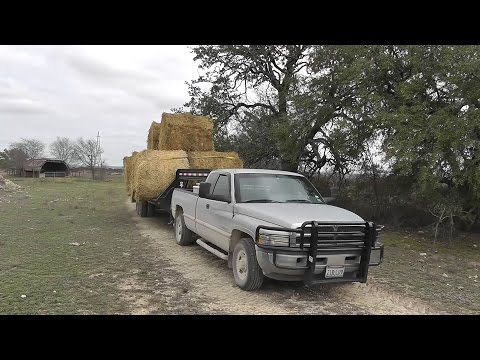 Hauling Hay With Ram 2500 12 Valve Cummins 5 Speed