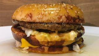 Esto le pasa a una Big Mac bañada en acido sulfurico