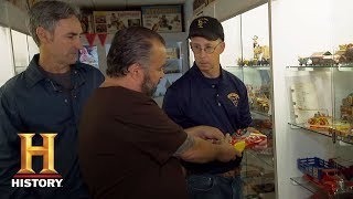 American Pickers: Bonus - Marx Men | History - HISTORYCHANNEL