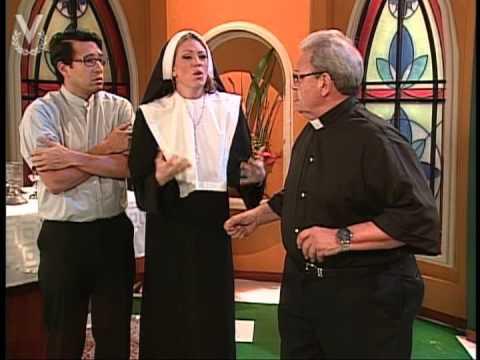 ! A Que Te Ríes ¡ - Coné llega a la Iglesia