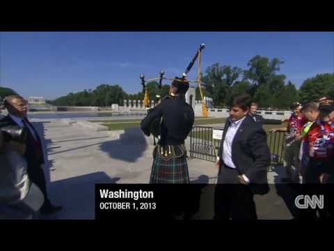 Veterans Storm World War II Memorial in spite of Government Shutdown
