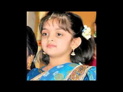 Shalini Ajith daughter in half saree
