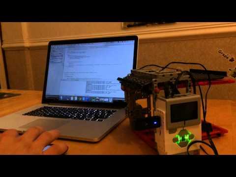 Apple Siri controlled LEGO EV3 Garage demo