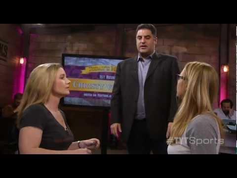 Women's Arm Wrestling!: Misty v. Christy