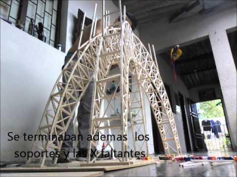 Maqueta de Puente, hecha con palitos de madera balsa