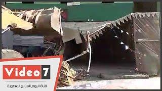 بالفيديو..فى جولته..محافظ القاهرة يزيل جزء مخالف من كافيتريا بـ« الزاوية الحمرا »