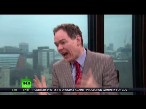 Keiser Report: Media Moron Mockery (E411)
