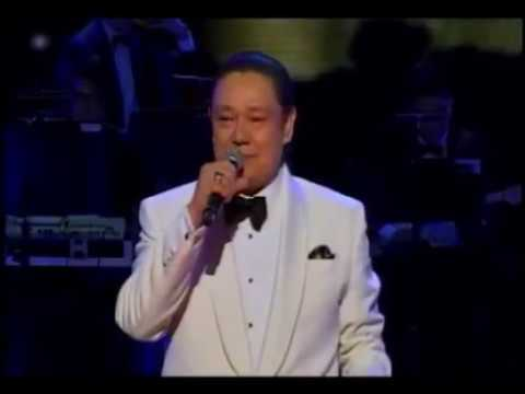 TONY BENNETT Fly Me To The Moon - performed by ARTHUR MANUNTAG