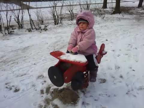 רוץ בן סוסי בשלג