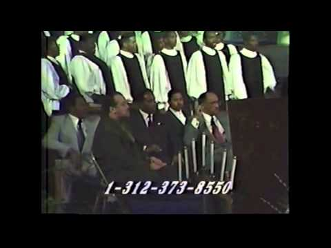 Fellowship Baptist Church Mass Choir - Learning To Lean