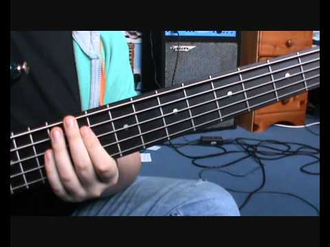 Muse - Hysteria BASS TUTORIAL