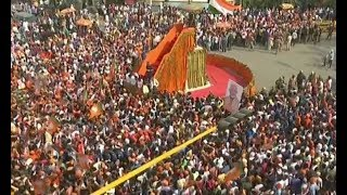 PM Modi roadshow in Varanasi today: All you need to know - ZEENEWS
