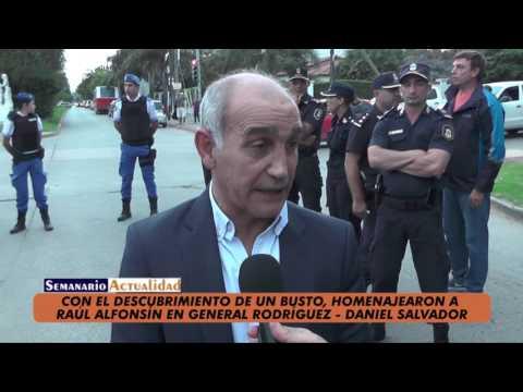Con el descubrimiento de un busto, homenajearon a Raúl Alfonsín en General Rodríguez