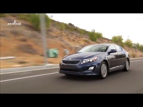 Autoperiskop.cz  – Výjimečný pohled na auta - Autosalon Ženeva 2016 – Kia Optima Combi, Kia Niro – VIDEO