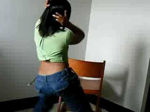 fine sexy black girl twurking and dancing