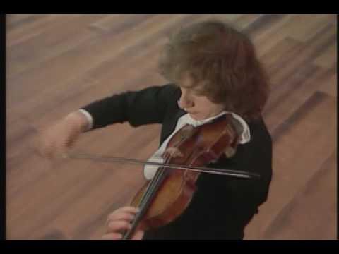 Paganini - Caprice no.12, Alexander Markov, violin [HD]