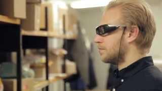 مميزات نظارة سوني للواقع المعزز SmartEyeGlass في فيديو رسمي