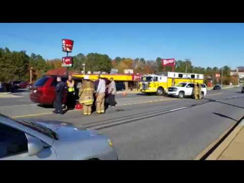 Afternoon crash on Great Mills Rd. 11-22-2017 @TheBayNet.com