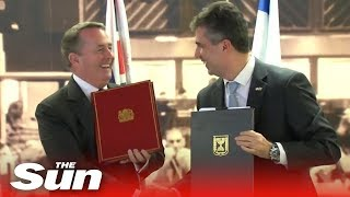Liam Fox signs trade deal with Israel - THESUNNEWSPAPER