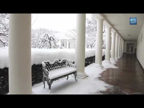 Raw Footage: Snowmageddon at the White House